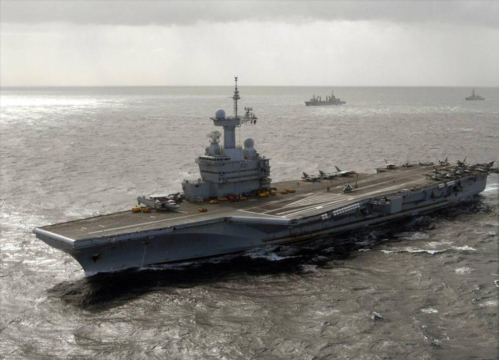 FOTOS: ¿Qué barcos de guerra podrían atacar Siria?