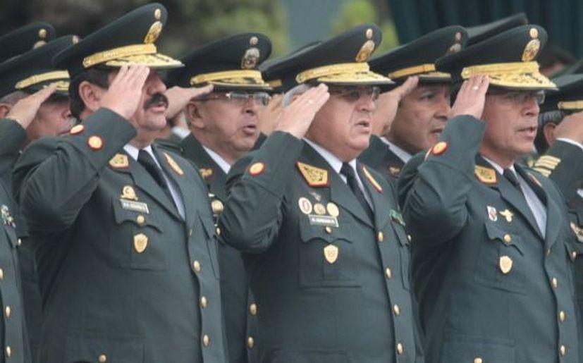 Pasarían al retiro 14 generales de la Policía Nacional