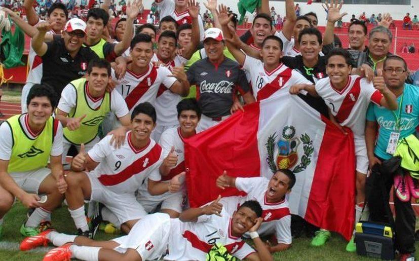 Selección peruana sub-15 enfrenta hoy a Chile en semifinal de Sudamericano