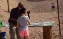 EEUU: Niña de 9 años mata accidentalmente a su instructor de tiro