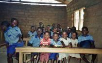 Ébola: Nigeria cancela clases hasta octubre por brote del virus