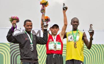 Maratón de México: Peruano Raúl Pacheco se coronó bicampeón