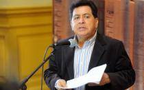 Congresista León negó ante fiscal conocer que su inquilino era un narco mexicano