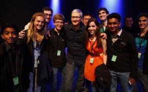 Apple: 10 frases con las que Tim Cook confesó que es gay