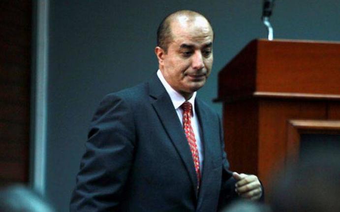 Paruro exigen presencia de ministro del interior tras for Nombre del ministro del interior actual