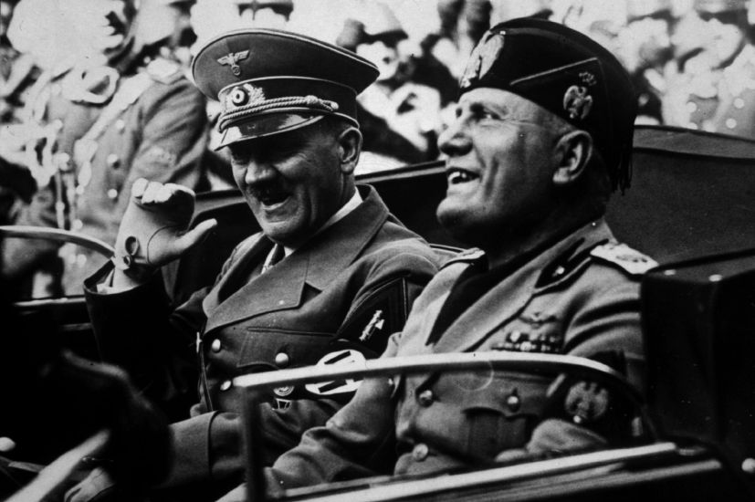 macbeth vs hitler Macbeth (2,118) othello (656) romeo and juliet compare and contrast mussolini's and hitler's rise to power 1493 words from the beginning of german and italian.