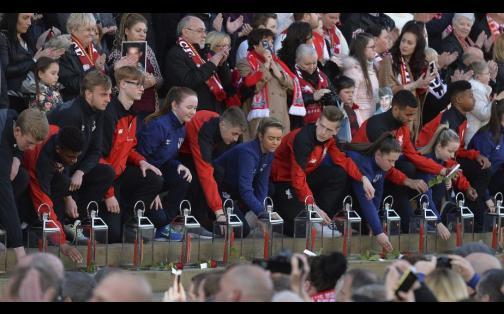 Liverpool recordó a las 96 víctimas de la tragedia de Hillsborough
