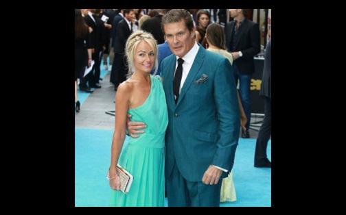 David Hasselhoff anuncia su matrimonio con novia galesa 27 años menor