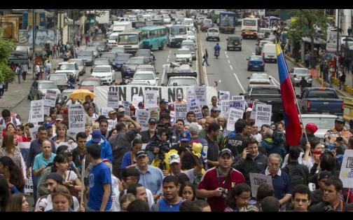 Venezuela: periodistas marcharon en favor de la libertad de expresión