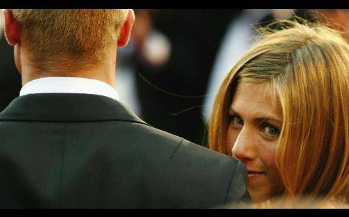 Jennifer Aniston: avalancha de GIFs y memes tras divorcio de Angelina Jolie y Brad Pitt