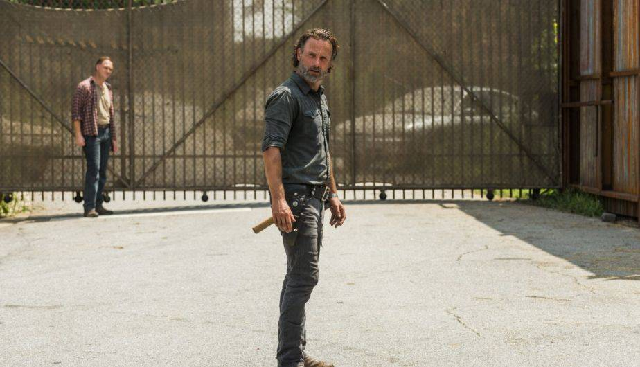 Jason Douglas es Tobin y Andrew Lincoln es Rick Grimes en 'The Walking Dead' (Foto: AMC)