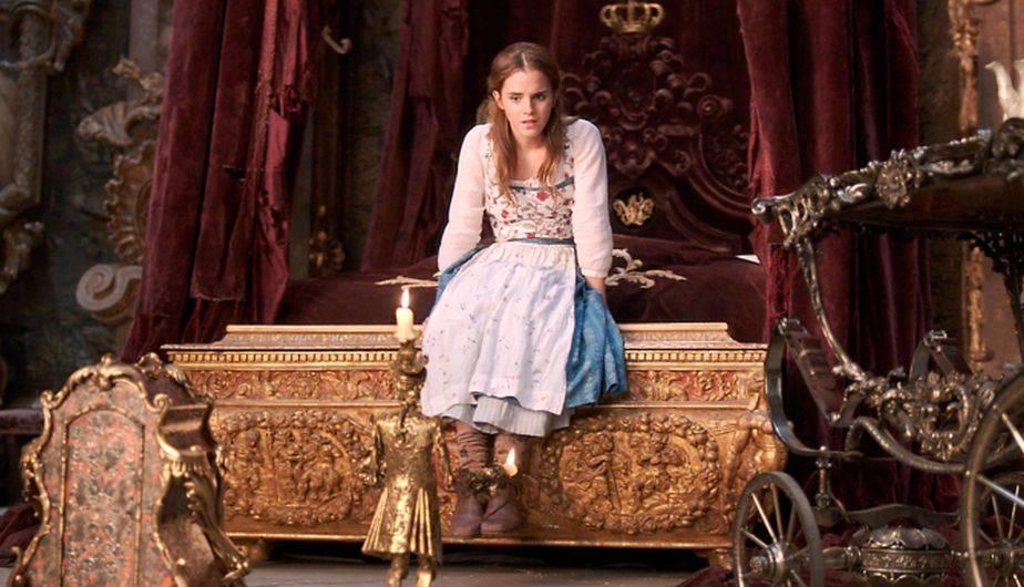 Belle encuentra en el personal de la casa encantada a grandes compañeros (Foto. Disney)