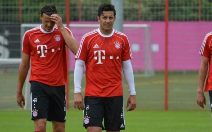 Bayern Múnich de Claudio Pizarro enfrentará al Barcelona ...