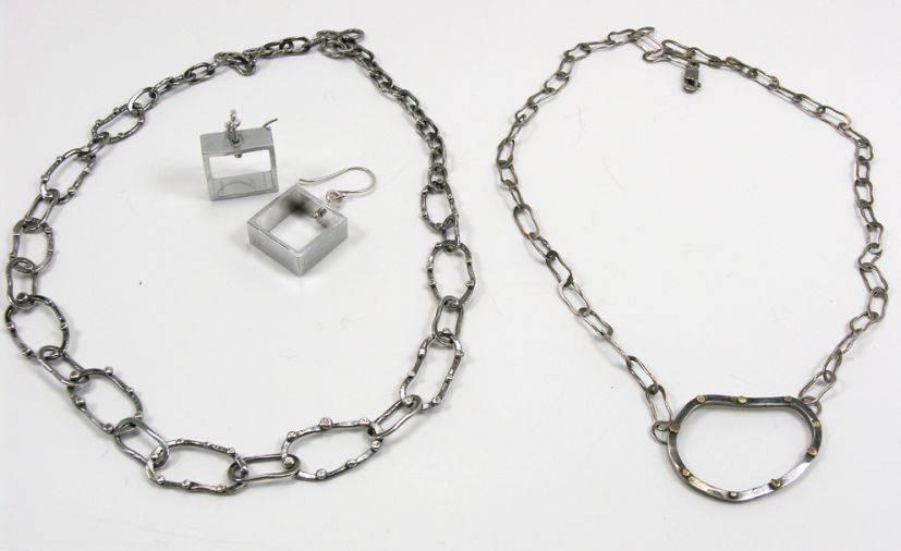 133dce6da376 Cómo limpiar las joyas de plata. (Foto  Metalriot   Flickr)