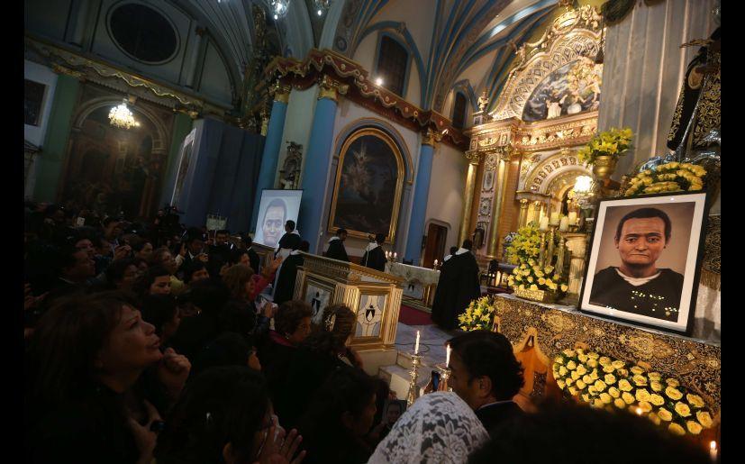 San Martin De Porres Lo Que Debes Saber Del Santo Peruano