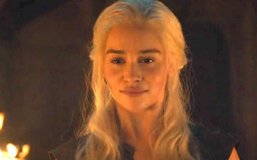 Game Of Thrones 6x04 Emilia Clarke Hizo El Desnudo De Daenerys