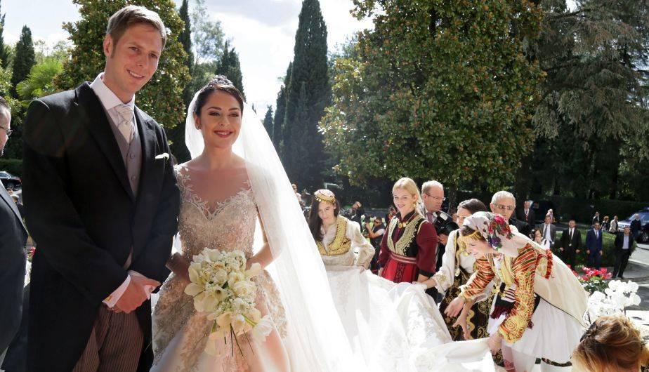 Matrimonio In Albania : Albania príncipe leka ii se casa con la actriz elia