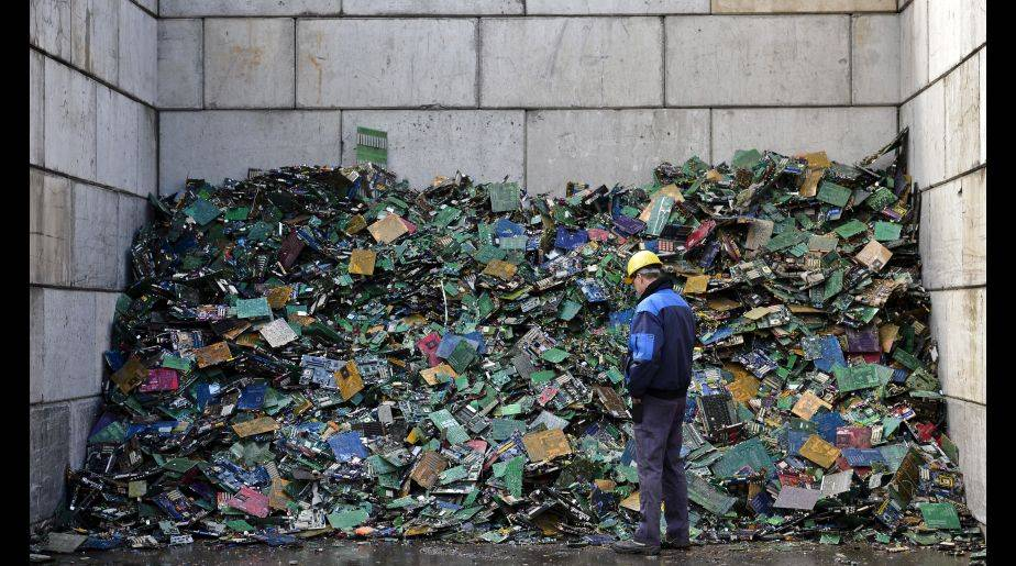 Reciclar es una de las formas más fáciles de combatir el calentamiento global. (Foto: Getty Images)