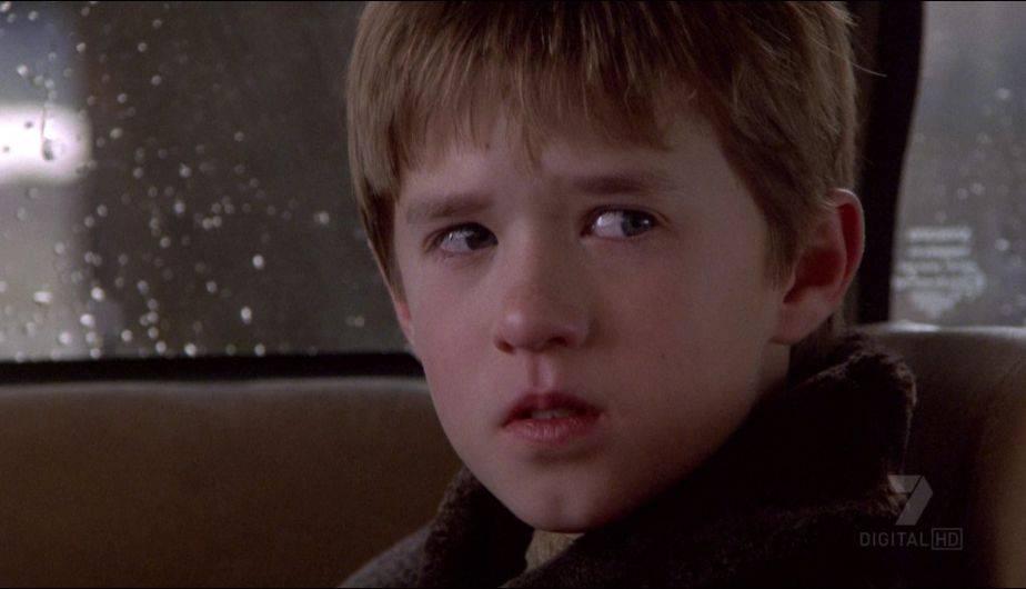 The Sixth Sense: resuelven mayor misterio de Sexto sentido varios ...