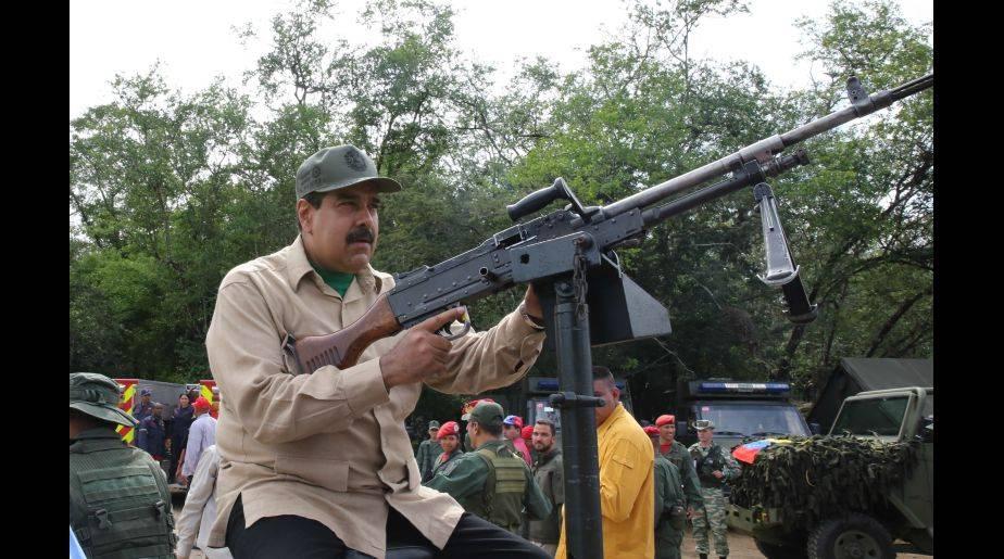 Nicolás Maduro es señalado de romper orden consitucional en Venezuela. (Foto: EFE)