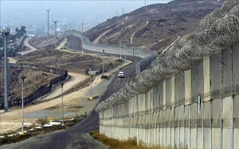 Resultado de imagen para muro eu y mexico