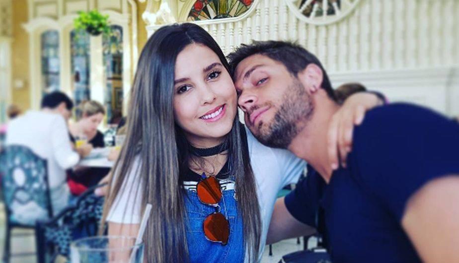 Los actores Horacio Pancheri y Paulina Goto disfrutaron juntos de la magia de Disney y publicaron románticas fotografías en redes sociales. (Foto: Instagram)