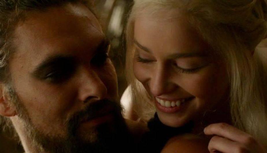 Jason Momoa es Khal Drogo y Emilia Clarke es Daenerys Targaryen en 'Game of Thrones' (Foto: HBO)