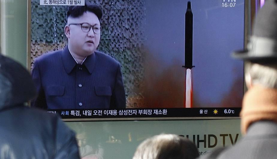 Lanzamiento de un nuevo misil norcoreano. (Foto: EFE)