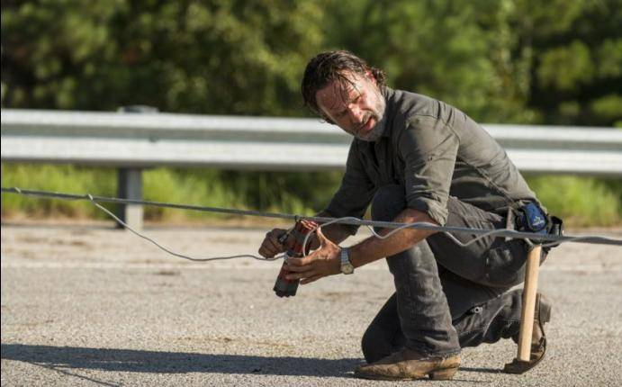The Walking Dead 7x09 Quien Es James Heltibridle La Persona A La Que Le Dedicaron Rock In The Road Temporada 7 Capitulo 9 Tv Espectaculos La Prensa Peru Update information for james heltibridle ». the walking dead 7x09 quien es james
