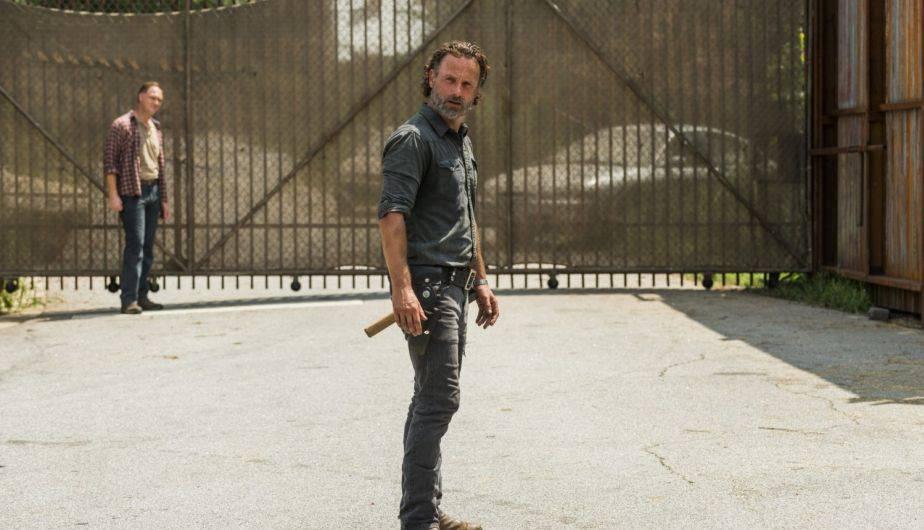Jason Douglas es Tobin y Andrew Lincoln es Rick Grimes en 'The Walking Dead' (Foto: AMC)