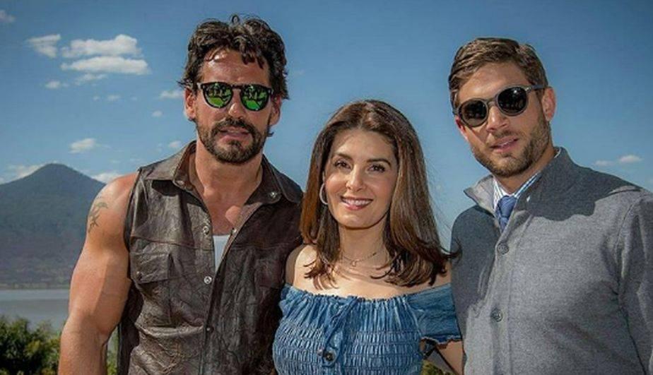 Cristian de la Fuente, Mayrín Villanueva y Horacio Pancheri eran los protagonista de 'En Tierras Salvajes'. (Foto: Instagram)