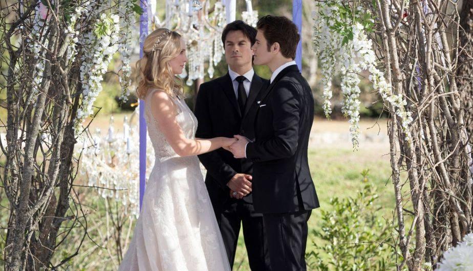 Caroline y Stefan se casan... aunque no solo por amor (Foto: The Vampire Diaries / The CW)