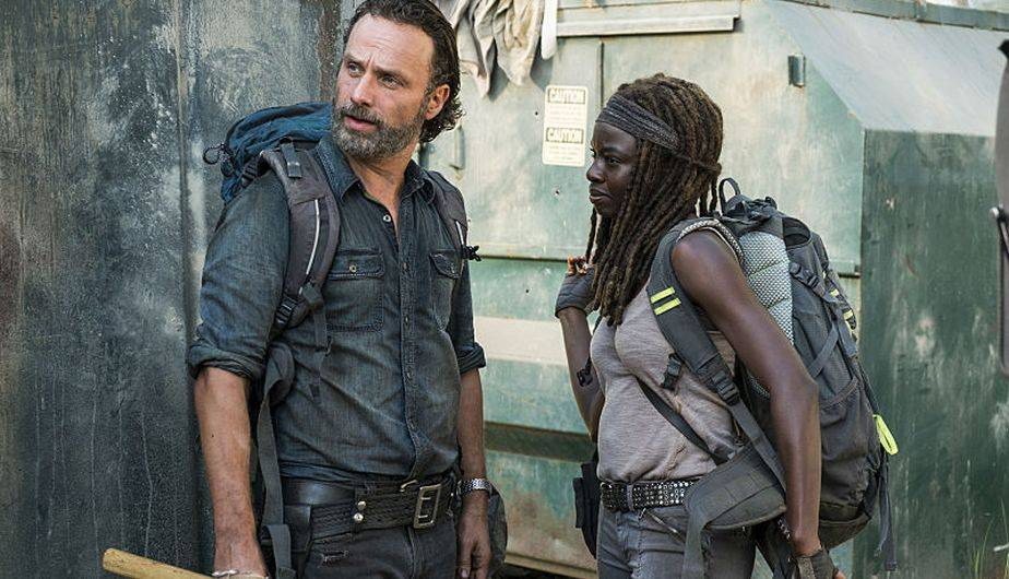 Rick y Michonne buscan armas para los 'Heapsters' (Foto: The Walking Dead / AMC)