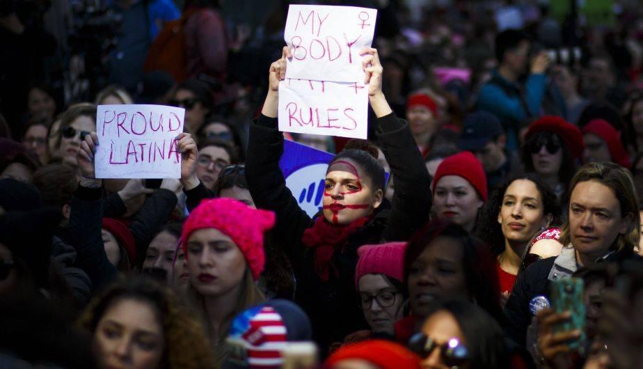 Mujeres marcharon en Nueva York en el Día Internacional de la Mujer (EFE)