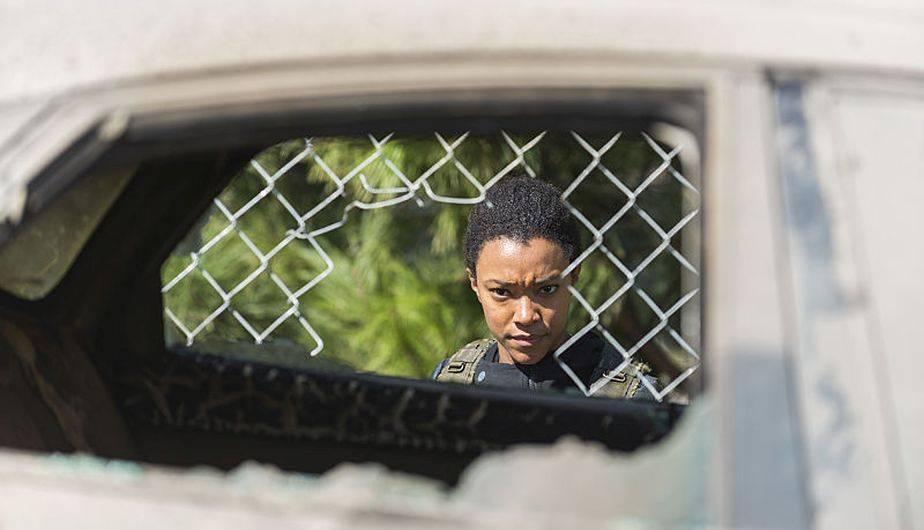 Entonces, ¿Sasha morirá? Podría salir con vida de alguna forma, pero no ponemos las manos al fuego por su supervivencia (Foto: The Walking Dead / AMC)