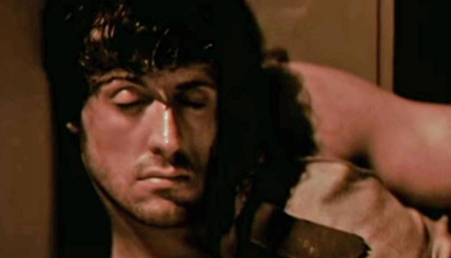 John Rambo se suicida en el final original de 'First Blood' (Foto: Orion Films)