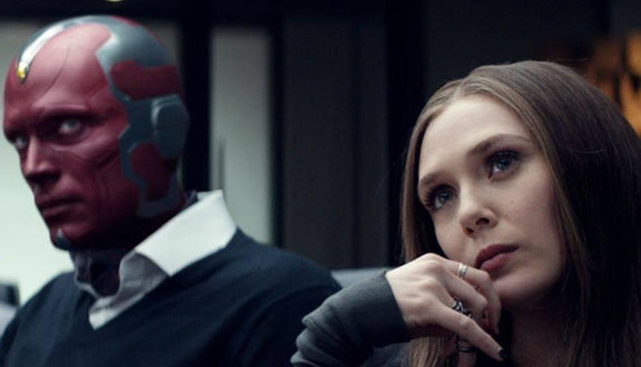 E! Online reveló una imagen en la que Vision y Scarlet Witch se dan un beso (Foto: Avengers: Infinity War / Marvel)