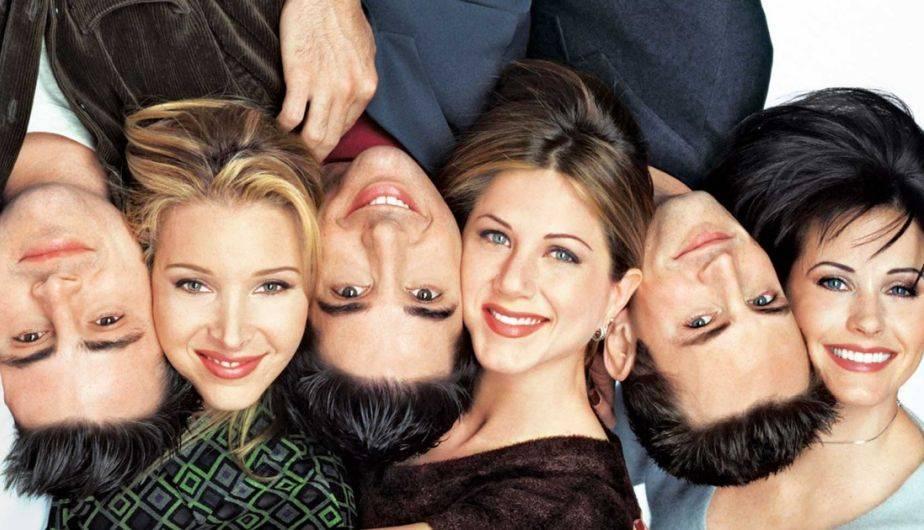 f4c053849b2 Friends: las 10 temporadas fueron producto de un sueño de Rachel, según  esta loca ...