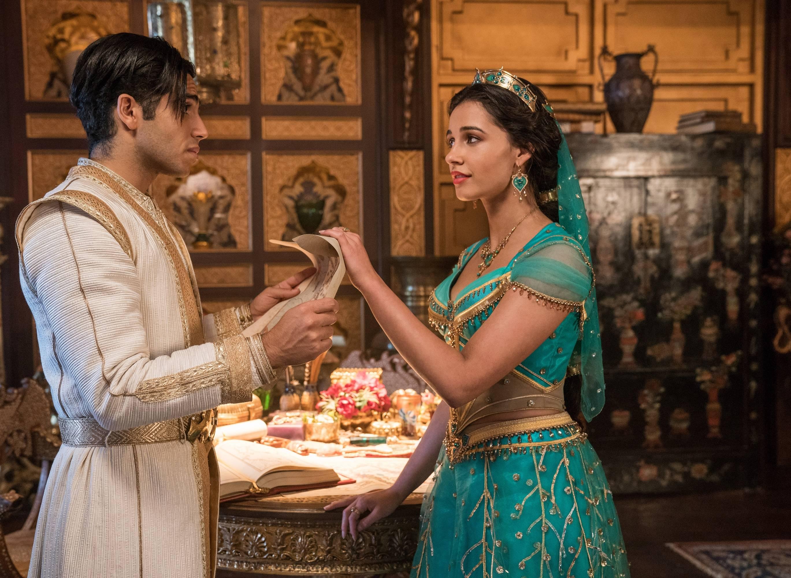 Aladdin Los Impresionantes Vestidos De La Princesa Jazmín