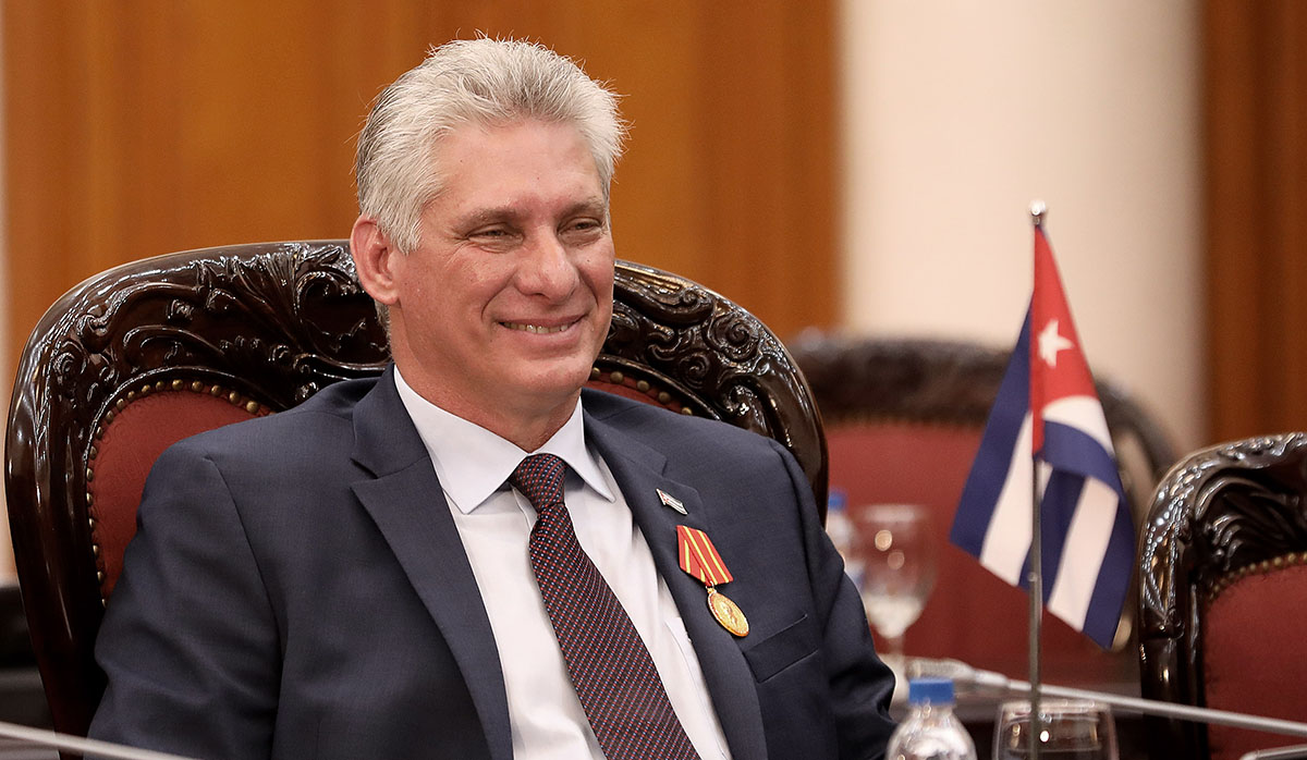 Cuba: Publican una foto del presidente Miguel Díaz-Canel recogiendo  pasajeros con vehículo oficial | Mundo | Actualidad | La Prensa Peru