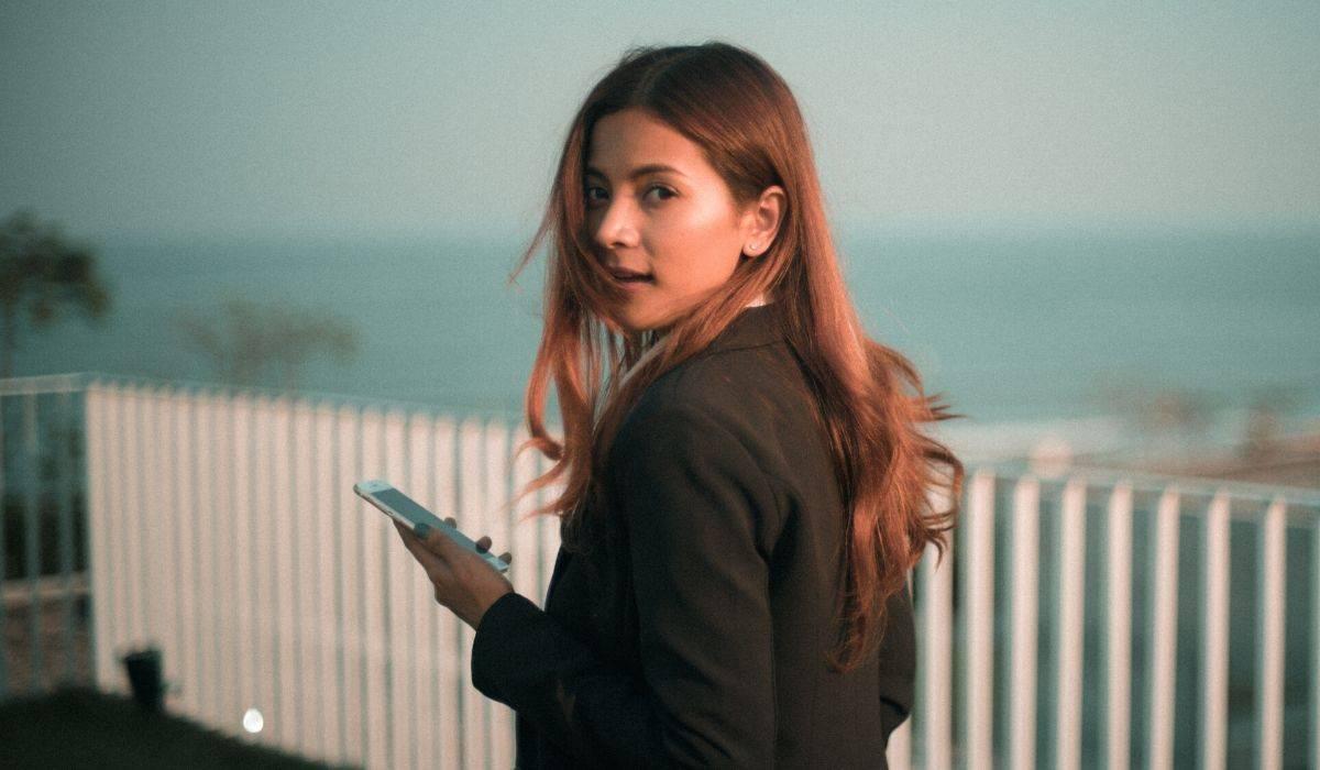 Internet Uso De Internet Por Parte De Mujeres Sigue